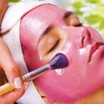 Homemade Face Packs and Masks for Oily Skin this Summer